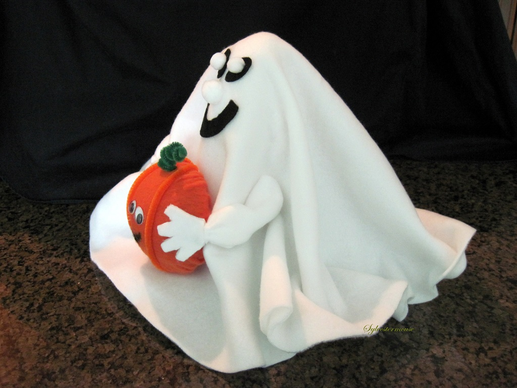 DIY Halloween Ghost with Pumpkin