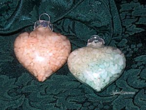 Quick & Easy Ornaments Filled with Bath Salts